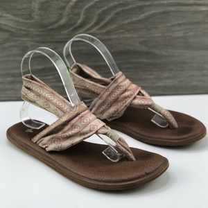 Sanuk • Tan Yoga Sling Comfy Sandals ✨